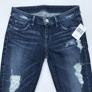 NEW GUESS SKINNY DESTROY JEANS SIZE 27!!!